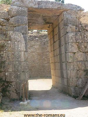 Entrance of the lion Tholos tomb