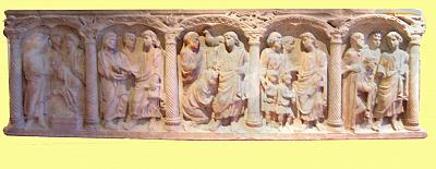 Sarcophagus with 5 christian themes